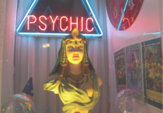 Tips to help you find a real psychic